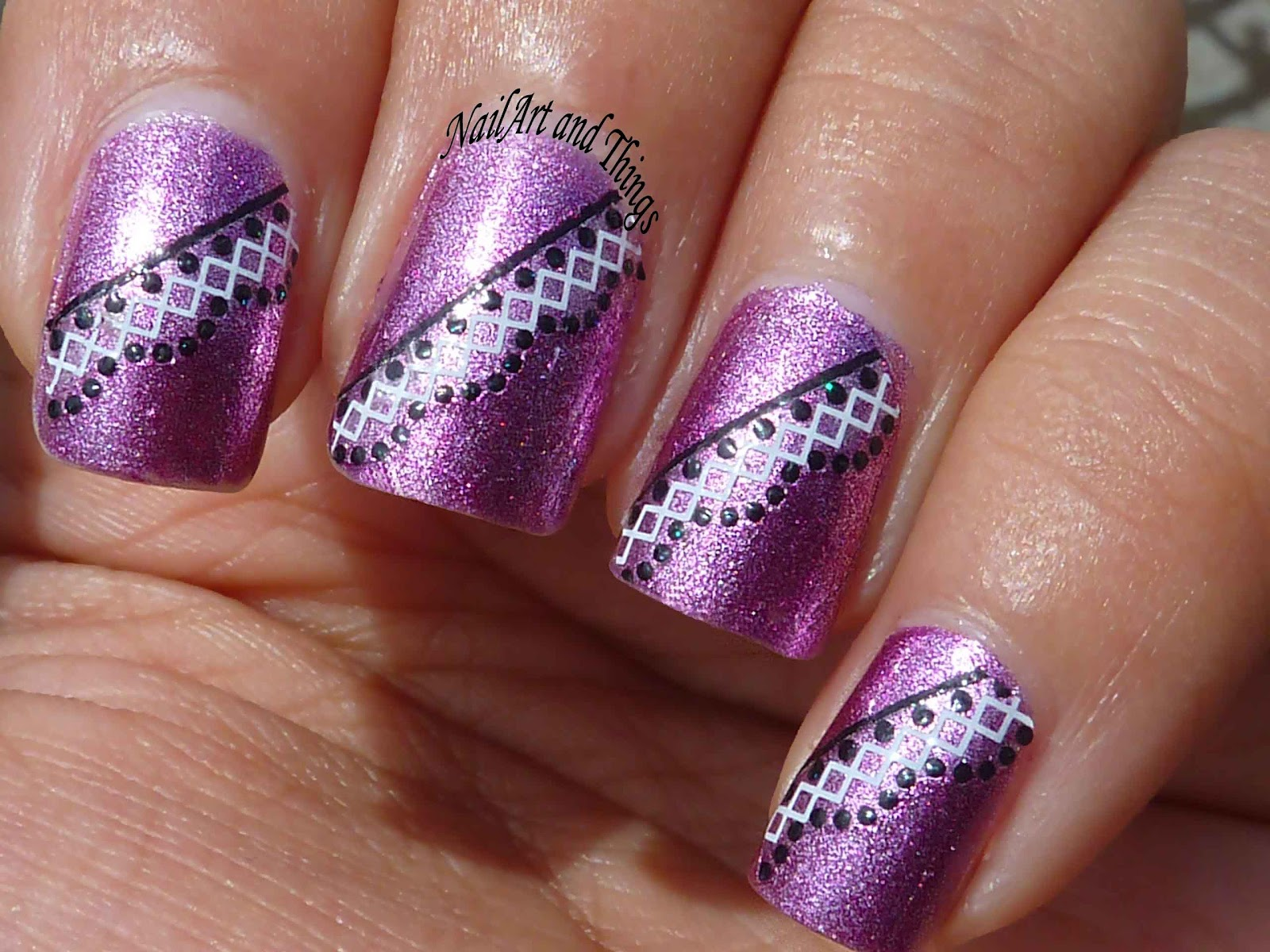 Nail Art: Nail Art & Manicures Damage Your Nails